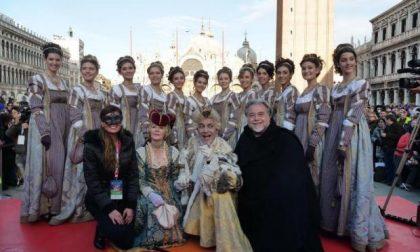 Carnevale: tradizionale bagno di folla a San Marco per le Marie