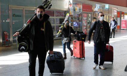 Vagone troppo pieno a Mestre: viaggiatori fatti scendere dal treno