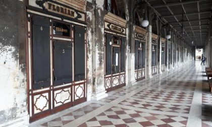 Piazza San Marco vuota: chiude anche lo storico Florian