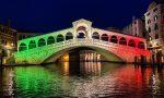 Venezia risorge: la città metropolitana si accende con il tricolore GALLERY