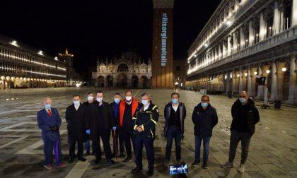 Flash Mob in piazza San Marco: ristoratori e attività commerciali pronte a ripartire