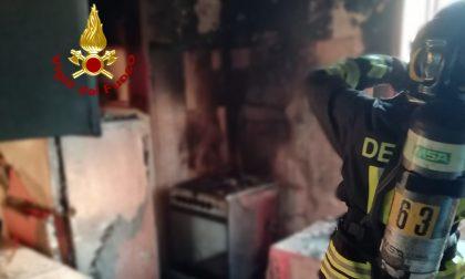 Incendio alla Gazzera: in fiamme un appartamento, un ferito GALLERY