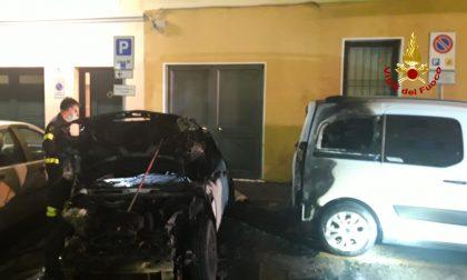 Incendio a Concordia Sagittaria: prende fuoco un'auto, danni ad altri due veicoli