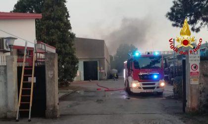 Mestre, via Borgo Pezzana: principio di incendio in un'azienda di prodotti chimici