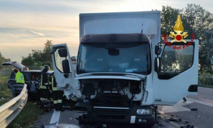 Tragedia a Ca' Noghera: auto si scontra con un furgone, una donna è deceduta