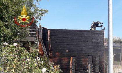 Portogruaro, a fuoco abitazione con tetto in legno: incendio domato - FOTO