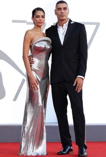 Elodie e Marracash, coppia del momento sul red carpet di Venezia