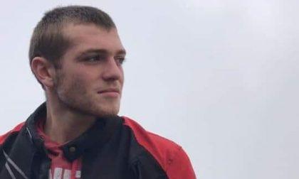 Tragedia a Santa Maria di Sala, schianto in moto mentre torna da scuola: muore 18enne