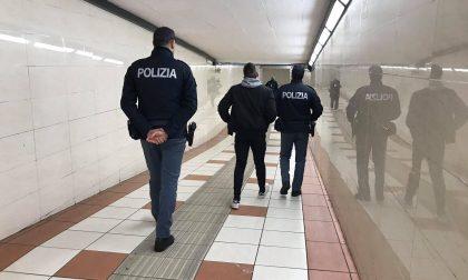 Scassinatore a bordo del treno, viaggiava con i ferri del mestiere