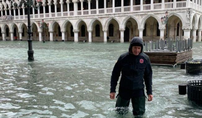 """""""Acqua granda"""": è già passato un anno da quando Venezia venne sfigurata dall'acqua alta"""