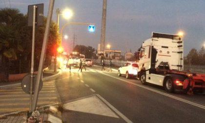 Morì falciato da un'auto: Veneto Strade risarcisce i familiari, il Comune no