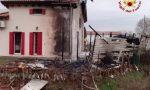 Incendio a Cazzago di Pianiga, a fuoco una casa ecologica FOTO