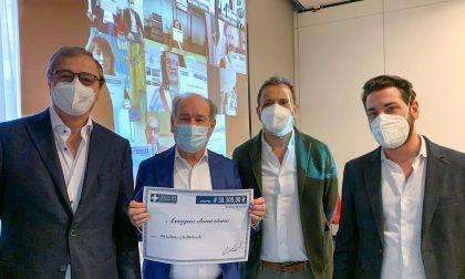 """""""Cena dei Sindaci Camerieri"""": donati oltre 30mila euro a 10 Comuni del Litorale Veneto"""