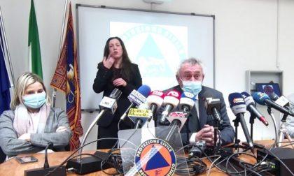 """Vaccini Covid, Flor: """"Abbiamo due proposte, una da 15 e l'altra da 12 milioni di dosi"""""""
