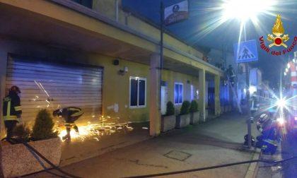 Incendio bar a Campolongo Maggiore: salvati i gestori e un lattante