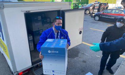 Vaccini Moderna e AstraZeneca, le foto della consegna all'ospedale Dell'Angelo di Mestre
