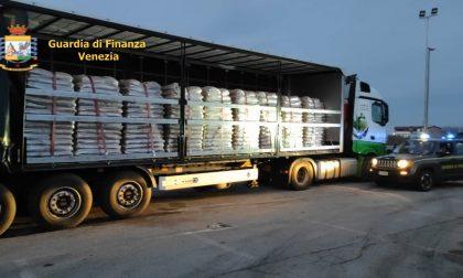 Statale Romea, i finanzieri sequestrano 92 tonnellate di pellet proveniente dall'Est Europa