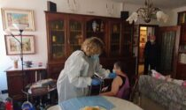 Vaccini a domicilio, a Venezia e nella Terraferma li portano gli USCA e le infermiere dell'ADI