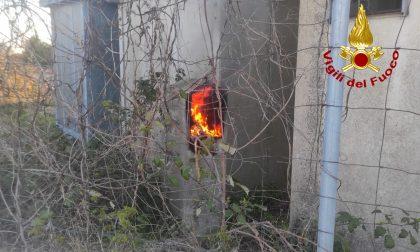 A fuoco una centralina, bloccata la linea ferroviaria Rovigo Chioggia