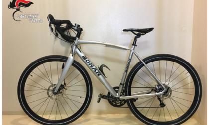 Ladro smart beffato, ruba una bici e la mette in vendita online. Ma viene beccato