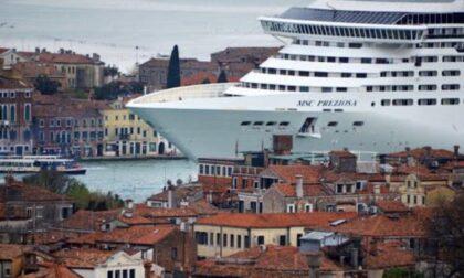 Grandi navi ufficialmente dirottate fuori dalla laguna, per gli approdi parte un concorso di idee