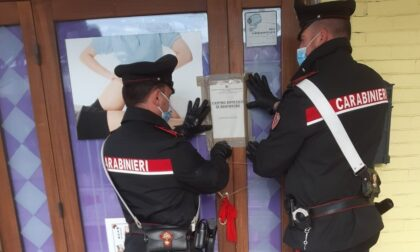 """Centro estetico e massaggi fuorilegge, niente """"happy ending"""": chiuso dai Carabinieri"""