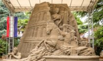 Le incredibili immagini delle opere d'arte realizzate con la sabbia