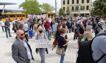 Ex ospedale al Mare, le immagini della manifestazione contro la realizzazione di due resort