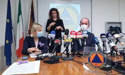 """Covid, Zaia: """"Da lunedì via ai vaccini per i 40enni""""   +493 positivi   Dati 12 maggio 2021"""