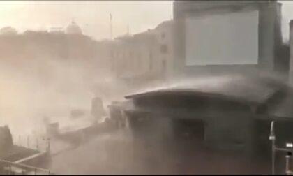 La tromba d'aria si abbatte su Venezia, il video del violento nubifragio nel centro storico