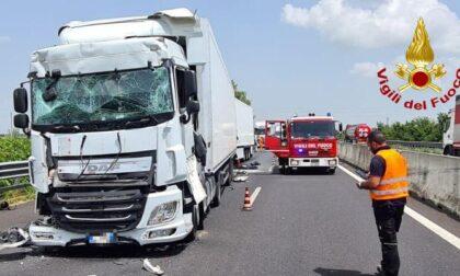 Tamponamento tra tir a Cessalto, autostrada A4 chiusa