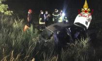 Tragedia sulla jesolana, auto fuori strada: morto un giovane, grave una donna e feriti due minorenni