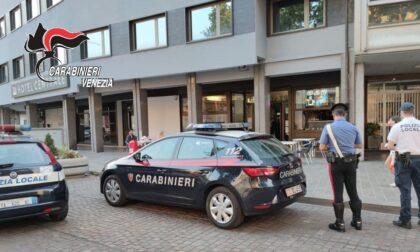 Telecamere abusive nel bar e dipendenti senza mascherine, 17mila euro di multa