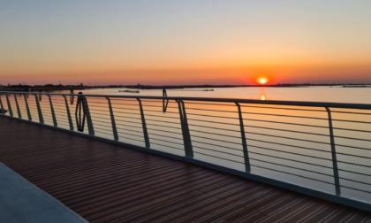 La Laguna di Venezia come non l'avete mai vista: inaugurata la ciclabile a sbalzo più lunga d'Europa