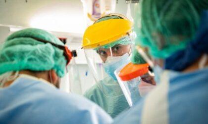 Variante Delta, uno dei positivi è ricoverato all'ospedale dell'Angelo