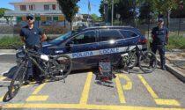 Ladri colti in flagrante mentre rubavano biciclette