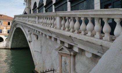Ponte di Rialto completamente restaurato, le immagini delle celebrazioni