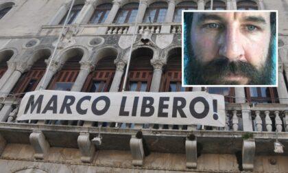 """""""Marco Libero"""", uno striscione per chiedere la liberazione dell'imprenditore Zennaro"""