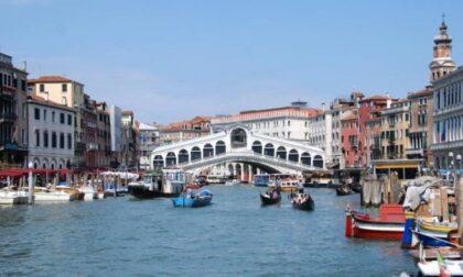 Lavori di restauro terminati: martedì si inaugura il Ponte di Rialto