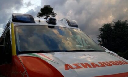 Bimba di 11 anni in bici investita da un furgone: sotto shock il conducente veneziano